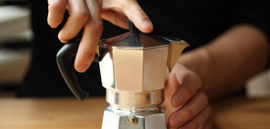 caffè-a-stomaco-vuoto-pane-e-caffè